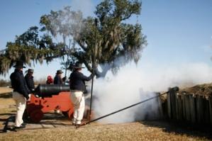 Re-enactors commemorating the Battle of New Orleans at Chalmette Battlefield. Credit: NPS.GOV